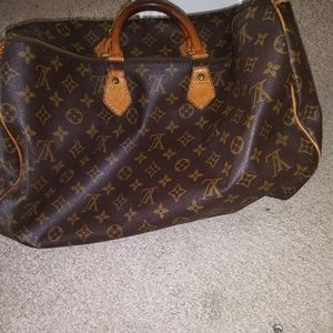 Louis Vuttion Monogram Speedy 40